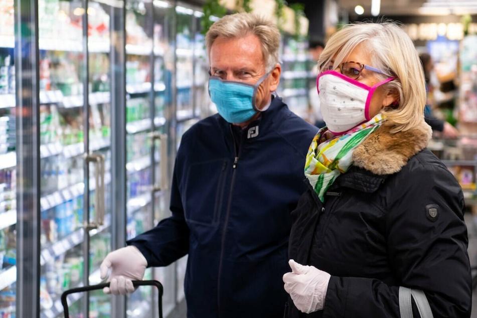 In Unterfranken steigt die Akzeptanz für die Schutzmasken erkennbar an. (Symbolbild)