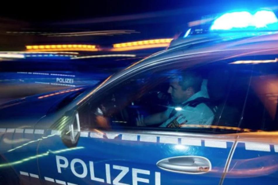 Die Polizei hofft nach einer Attacke auf einen Mann in Bonn auf hilfreiche Zeugenaussagen. (Symbolbild)