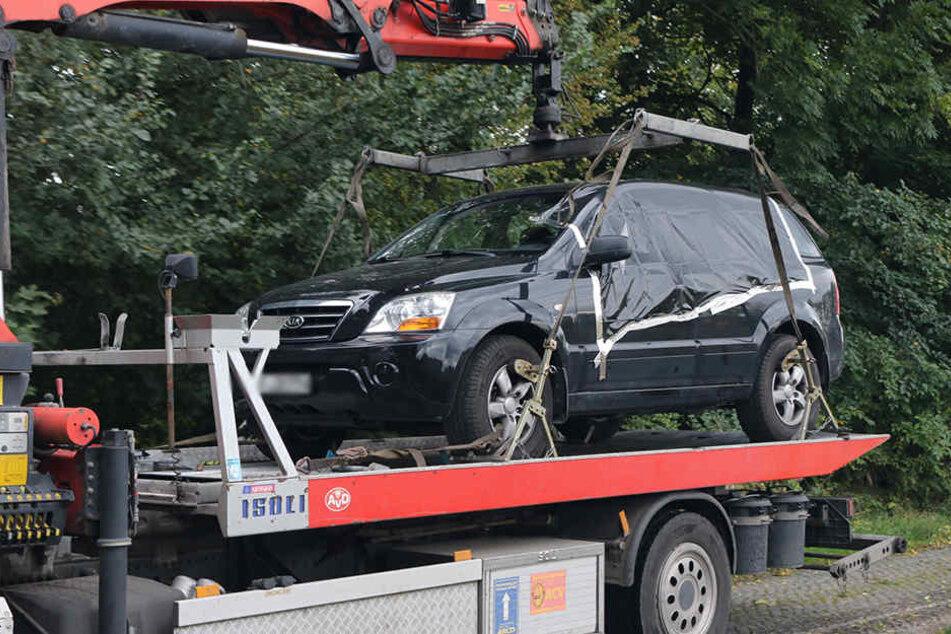 Der Lebensgefährte der 43-Jährigen hatte die beiden Leichen am Mittwoch in einem Auto im Erfurter Ortsteil Kerpsleben entdeckt.