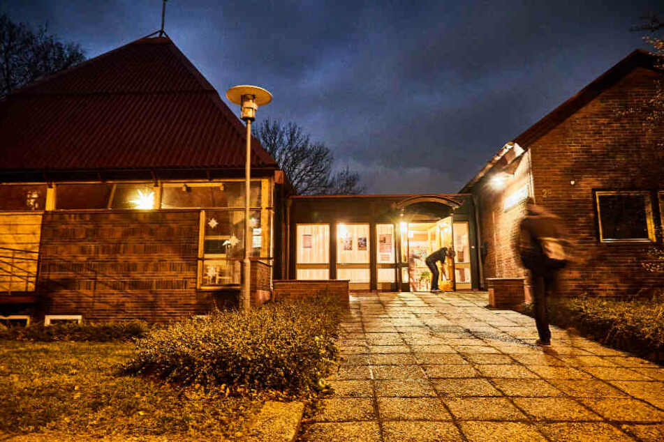 Eines der sieben Dresdner Nachtcafés: die Zionskirche in der Südvorstadt.