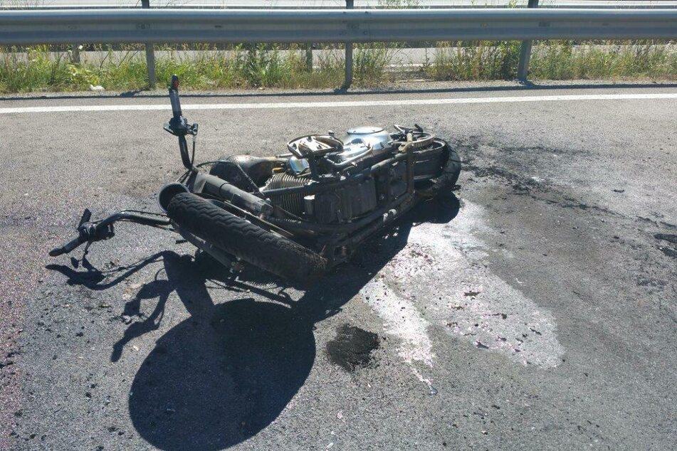 Der verstorbene 13-Jährige war mit seinem Vater auf diesem Motorrad unterwegs, als sie mit einem Auto kollidierten.