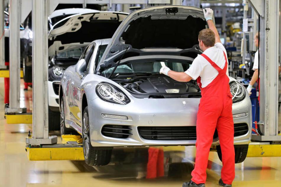 In Leipzig haben die Autobauer von Porsche und BMW große Fabriken mit Endmontage-Linien.