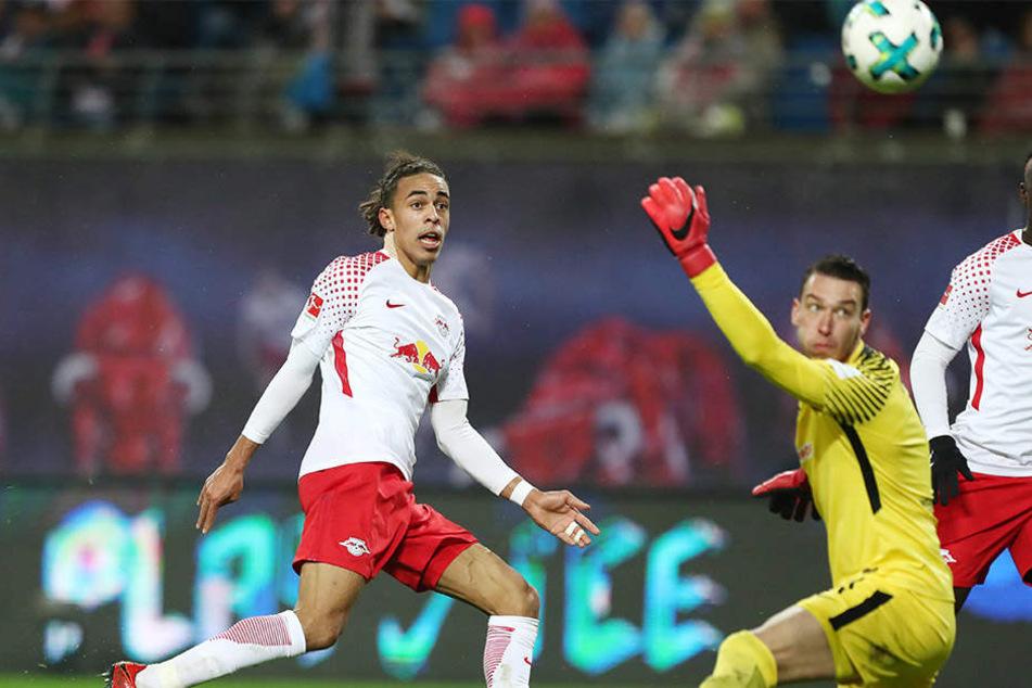 Vorentscheidung verpasst: Poulsen schießt am Tor vorbei, später sorgt Bernardo für die Entscheidung.