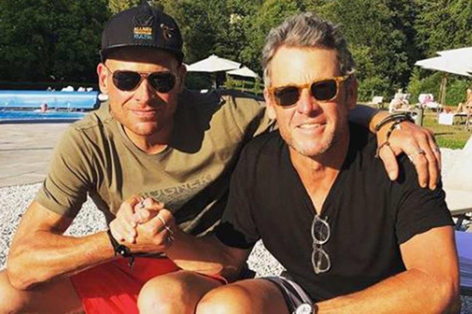 Lance Armstrong (46, r.) und Jan Ullrich (44) waren einst harte Konkurrenten und sind nun Freunde.