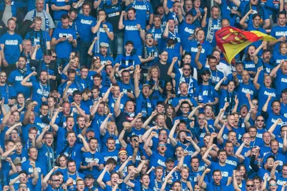 Der größte Teil der Paderborn-Fans ging gegen die geplante Zusammenarbeit auf die Barrikaden.