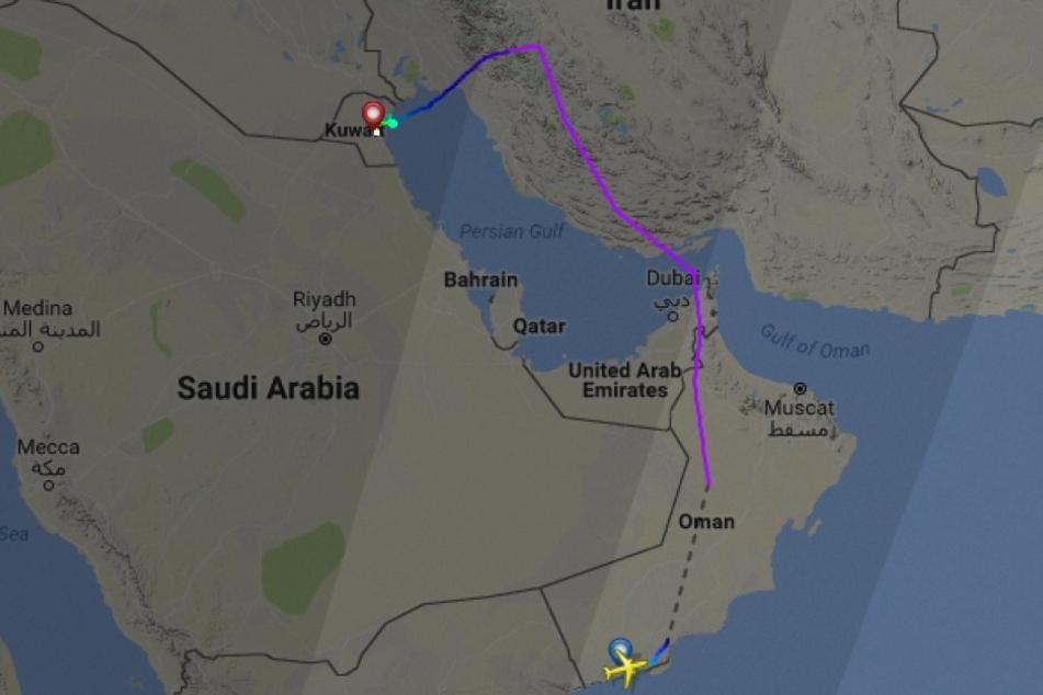 Wegen eines Bombenalarms ist am Sonntag eine Eurowings-Maschine auf dem Weg von Oman nach Köln offiziellen Angaben zufolge in Kuwait gelandet.