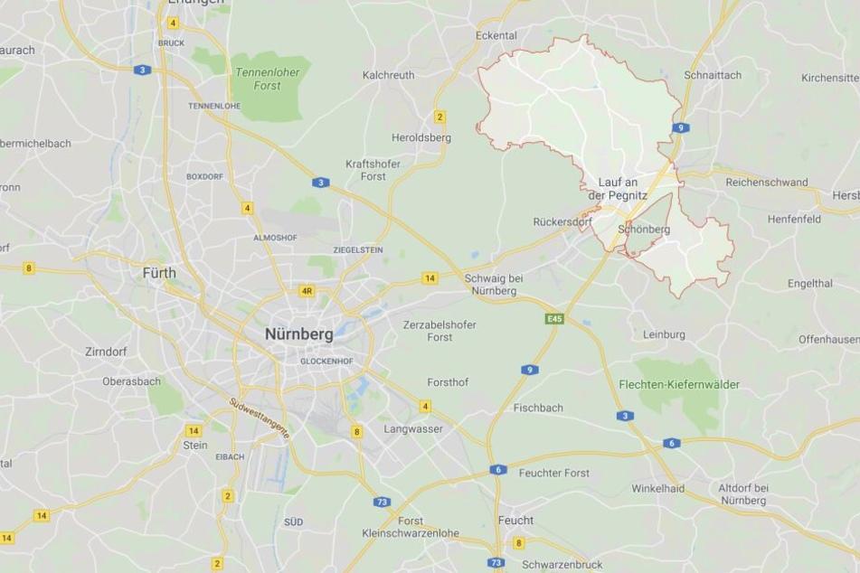 Bei Lauf an der Pegnitz im Landkreis Nürnberger Land in Bayern wurde eine männliche Leiche entdeckt.