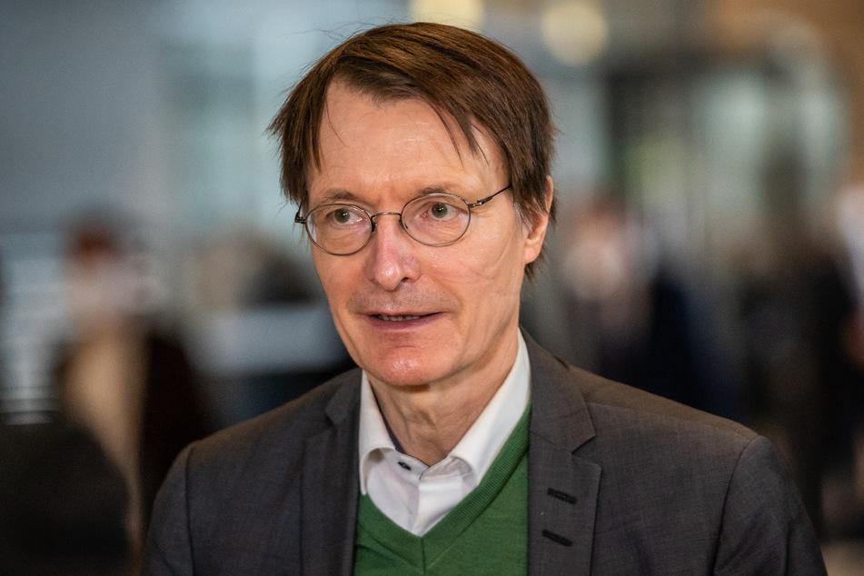 Karl Lauterbach, SPD-Gesundheitsexperte, plädiert für die Impfung von Kindern und Jugendlichen.
