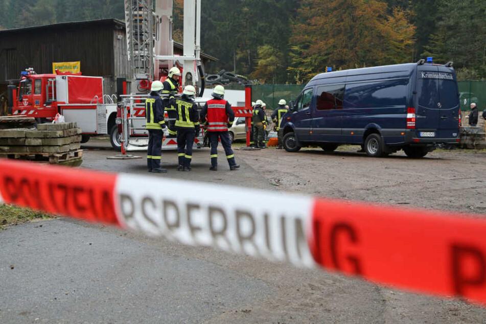 Am Donnerstag entdeckten Spaziergänger in Schmiedeberg die Leiche eines Mannes.