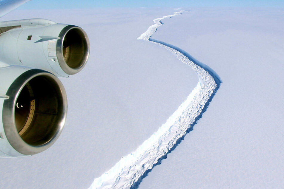 Riss ist fast 200 Kilometer lang: Gigantischer Eisberg bricht bald ab