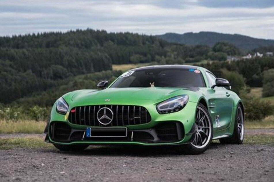 Dieser Mercedes mit einem Neuwert von 230.000 Euro wurde gestohlen.