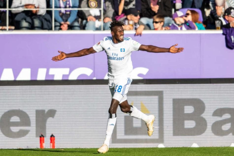 Im Spiel gegen Erzgebirge Aue schoss Bakery Jatta sein erstes Tor für den HSV.