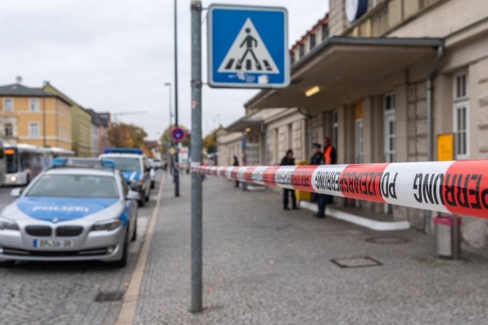 Die Polizei hatte den Bahnhof nach dem Waffenfund abgesperrt.