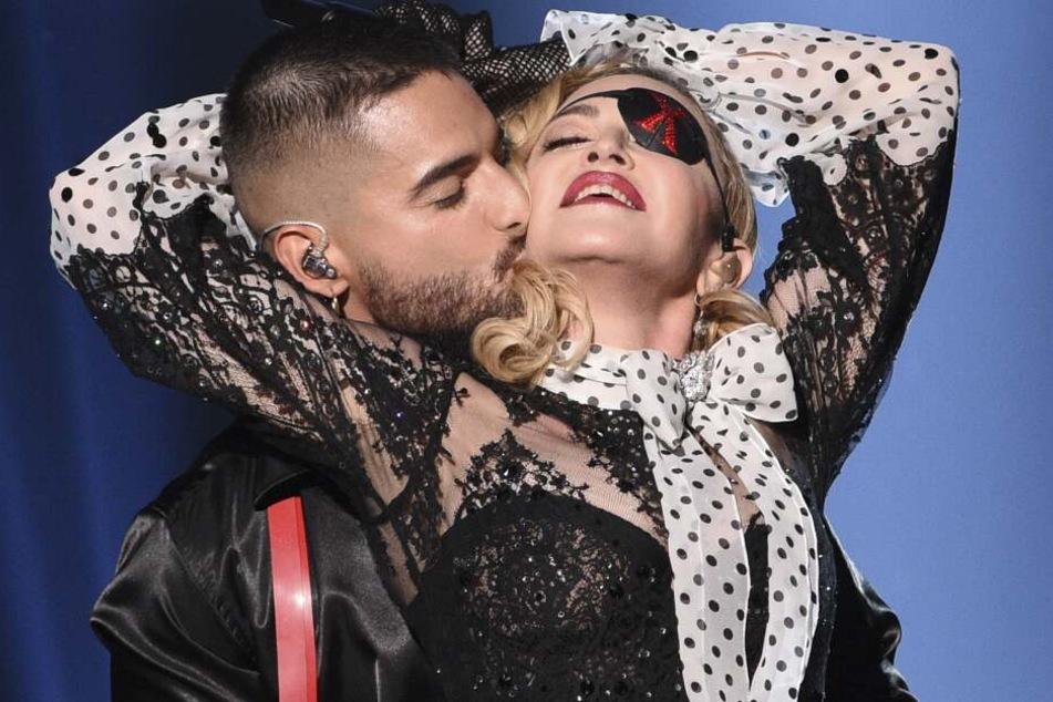Madonna in heißer Pose bei den Billboard Music Awards.