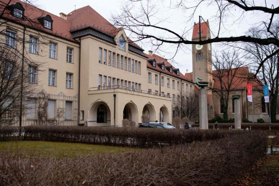 Der erste bestätigte Coronavirus-Patient in Deutschland liegt auf der Isolierstation im Münchner Klinikum Schwabing.