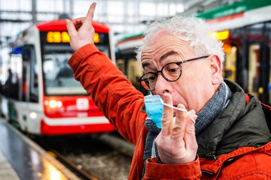 """Chemnitz: Mit Tom Pauls unterwegs in der City-Bahn: """"Schnudndeggl uff!"""""""