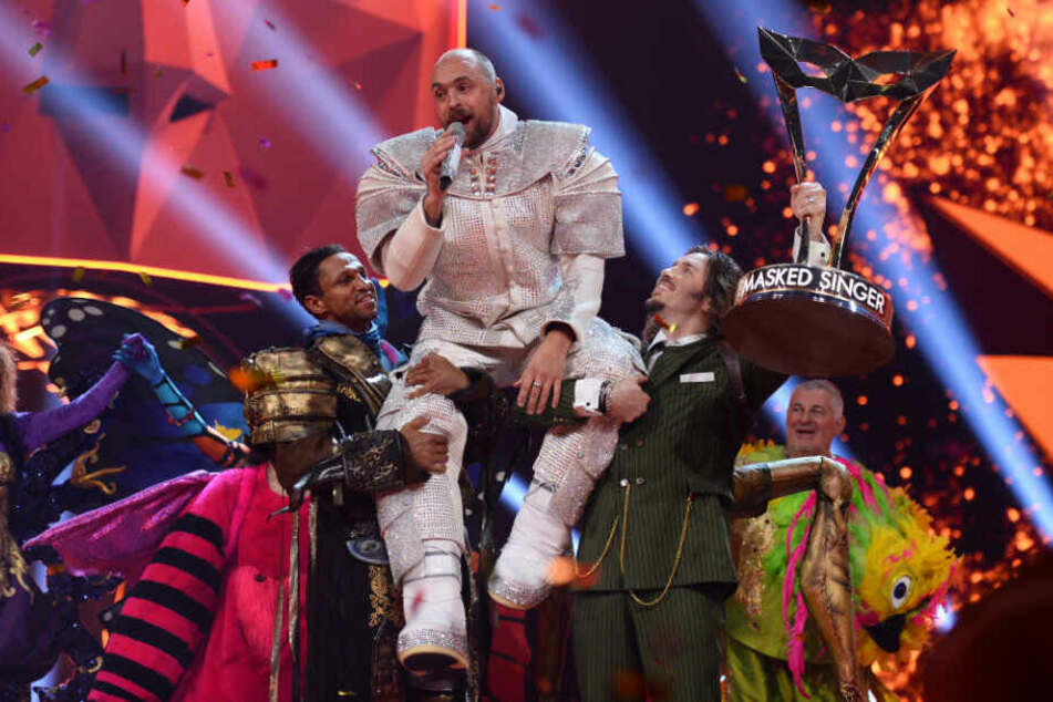 The Masked Singer: Überirdischer Max Mutzke singt Publikum in neue Welten