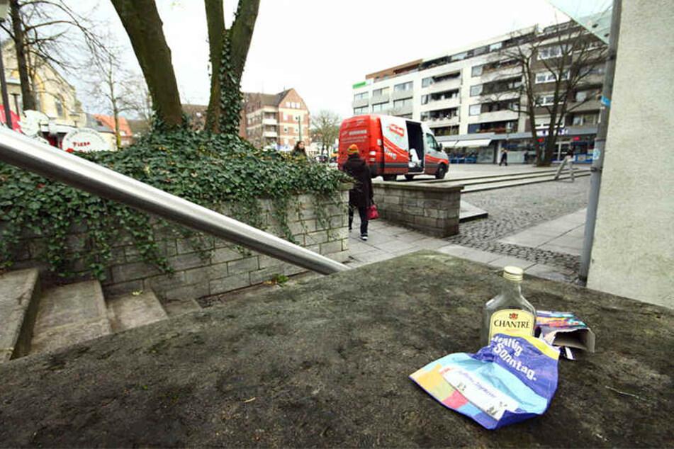 Müll, Sachbeschädigungen, Wildpinkeln, Pöbeleien und Saufen: Die Anwohner am Treppenplatz sind unzufrieden.