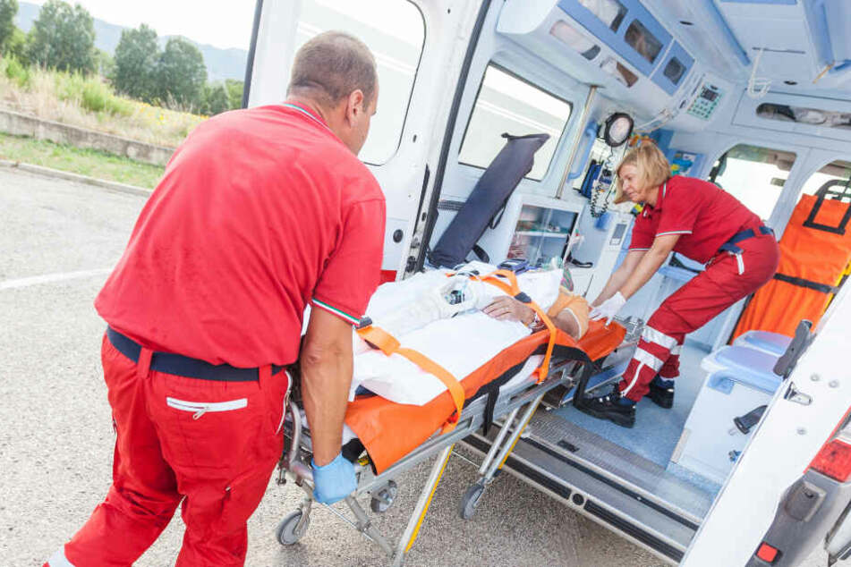 Ein Rettungswagen musste alarmiert werden. (Symbolbild)