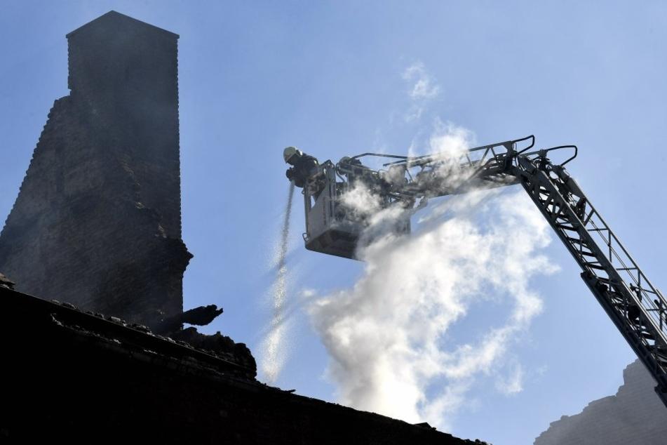 Der Brand sorgte für einen Großeinsatz der Feuerwehr im belgischen Lüttich aus.