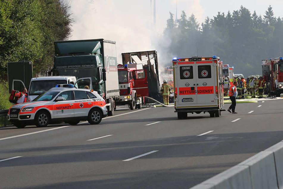 Auf der Autobahn 9 kam es am Montagmorgen zu einem Unfall, der in einer Tragödie endete.