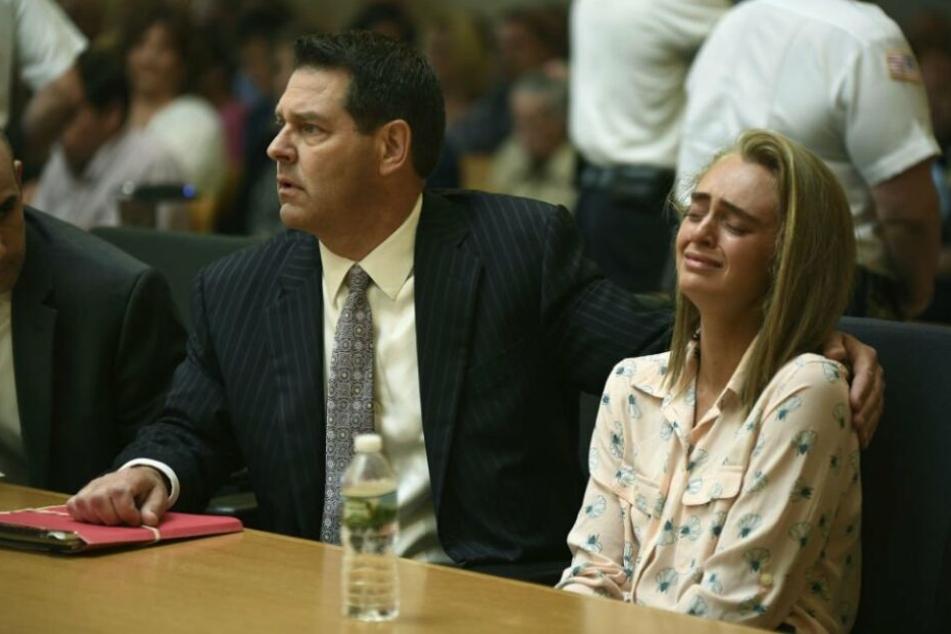 Vor Gericht brach Michelle Carter in Tränen aus.