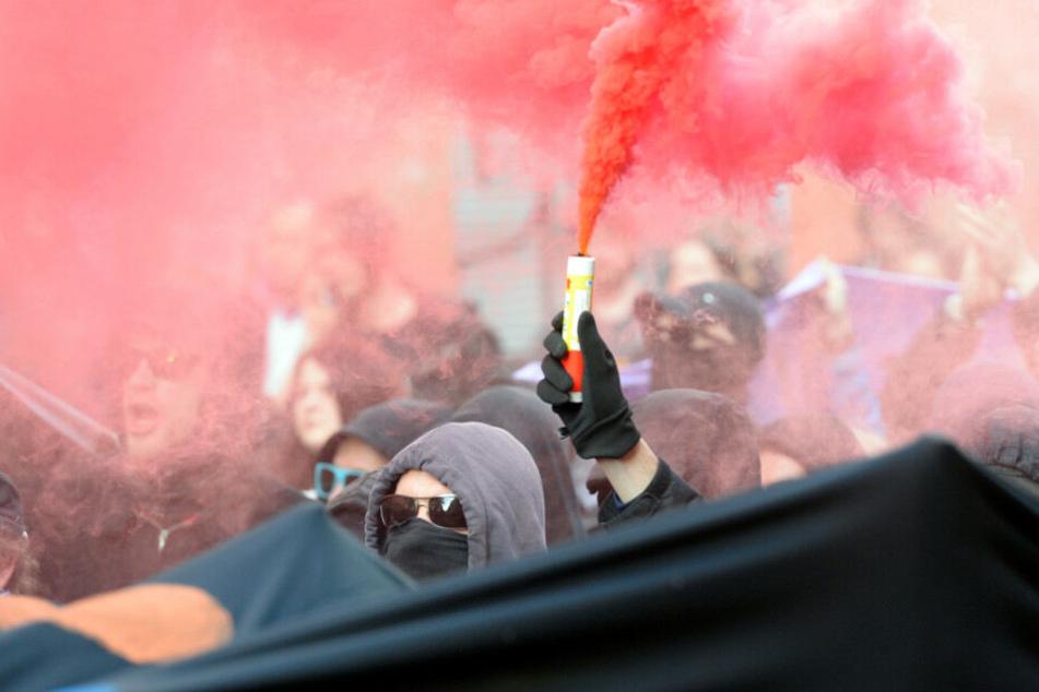 1. Mai-Demo: Knallt es jetzt in Friedrichshain statt in Kreuzberg?