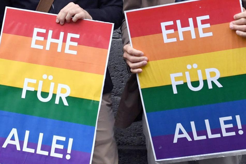 """Am 1. Oktober tritt das Gesetz für die """"Ehe für alle"""" in Kraft."""