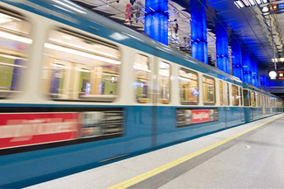 Mann von U-Bahn erfasst und getötet