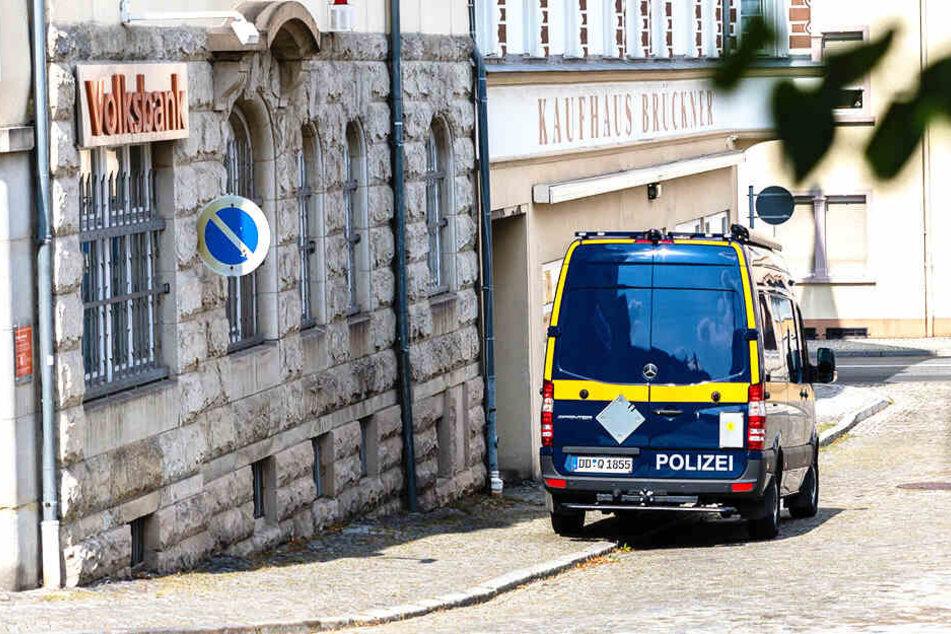 Bombendrohung in Großröhrsdorf! Spezialkräfte und Hunde im Einsatz