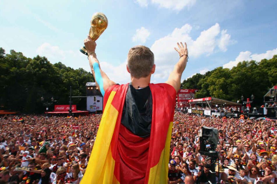 Gegen diesen Anblick hätte am 16. Juli, dem Tag nach dem WM-Finale, wohl kein deutscher Fan etwas dagegen.