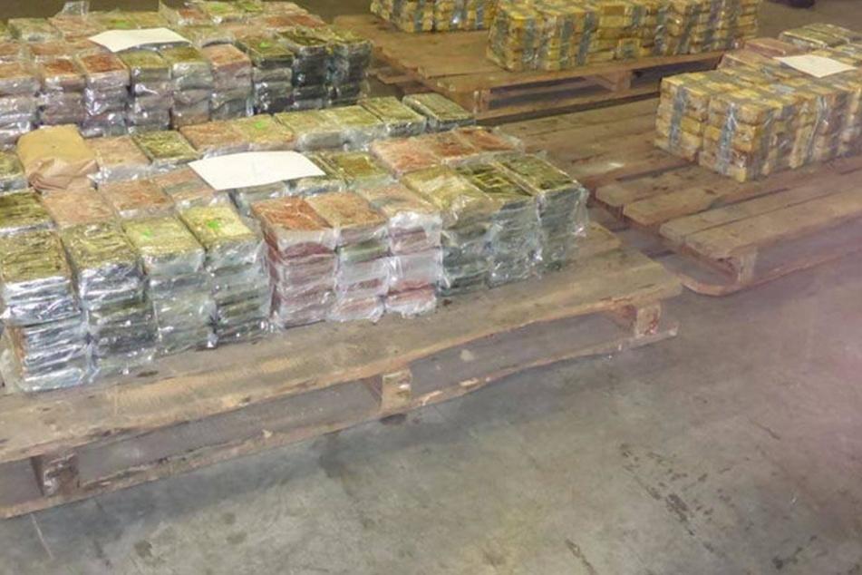 So sehen 717 Kilogramm Kokain aus.