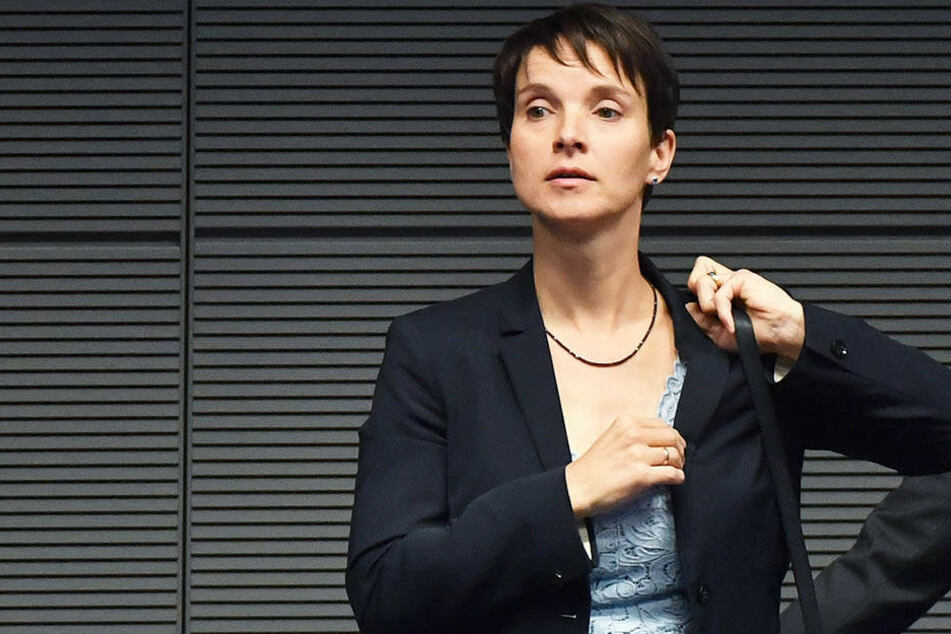 Frauke Petry benötigt Polizeischutz, seitdem sie die AfD verlassen hat.