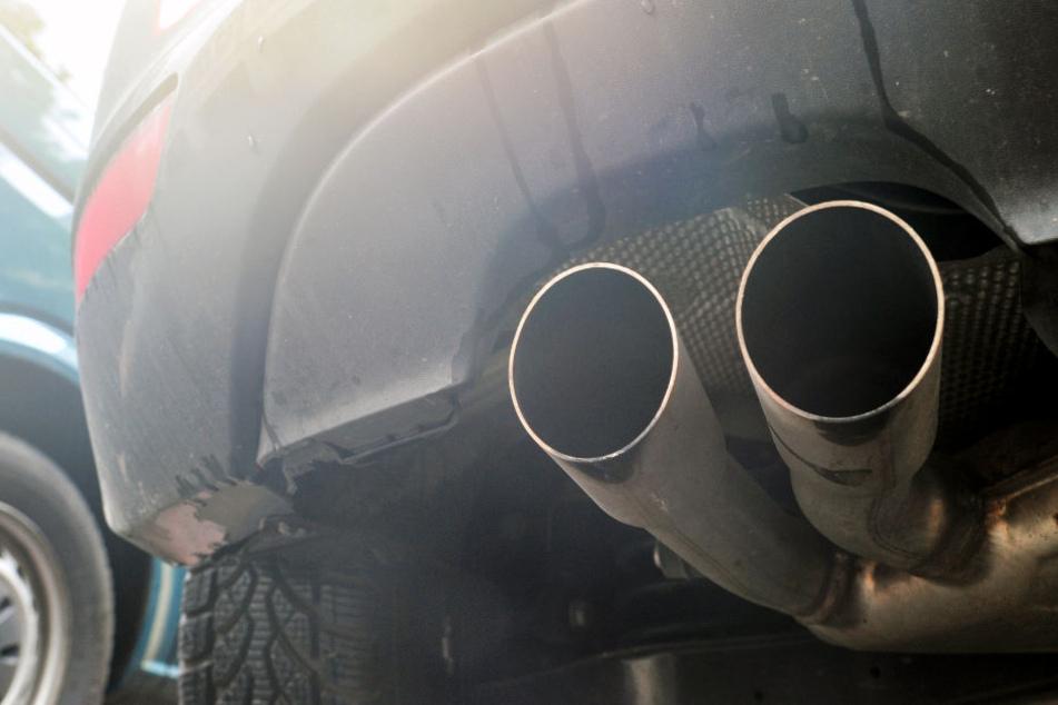 """Das Thema """"Diesel-Fahrverbote"""" wird die Hessen auch 2019 beschäftigen (Symbolbild)."""
