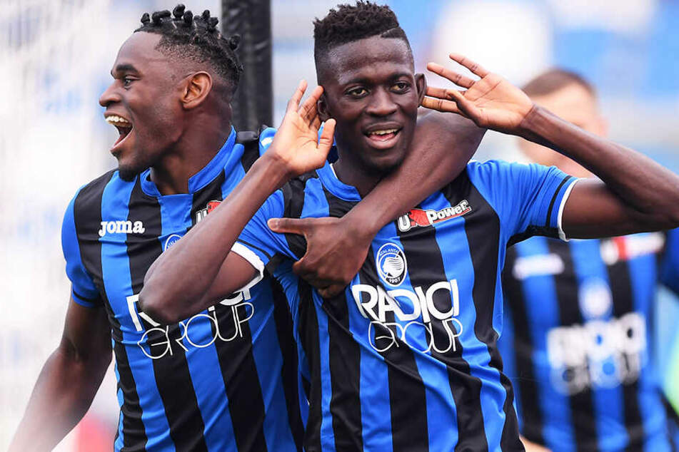 Musa Barrow (r.) kam bei Atalanta Bergamo in der Serie A bereits häufig zum Einsatz.