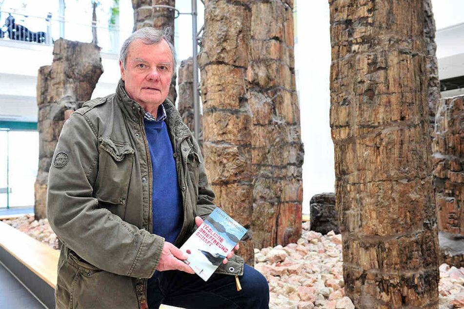 Bernd Küpperbusch (68) will das Bild von Chemnitz aufpolieren. Denn derzeit prägen eher Gewaltszene wie diese das Image der Stadt.