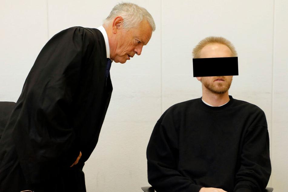 Chemnitz: Geständnis zum Prozessauftakt: Chemnitzer schlug seine Mutter ins Koma