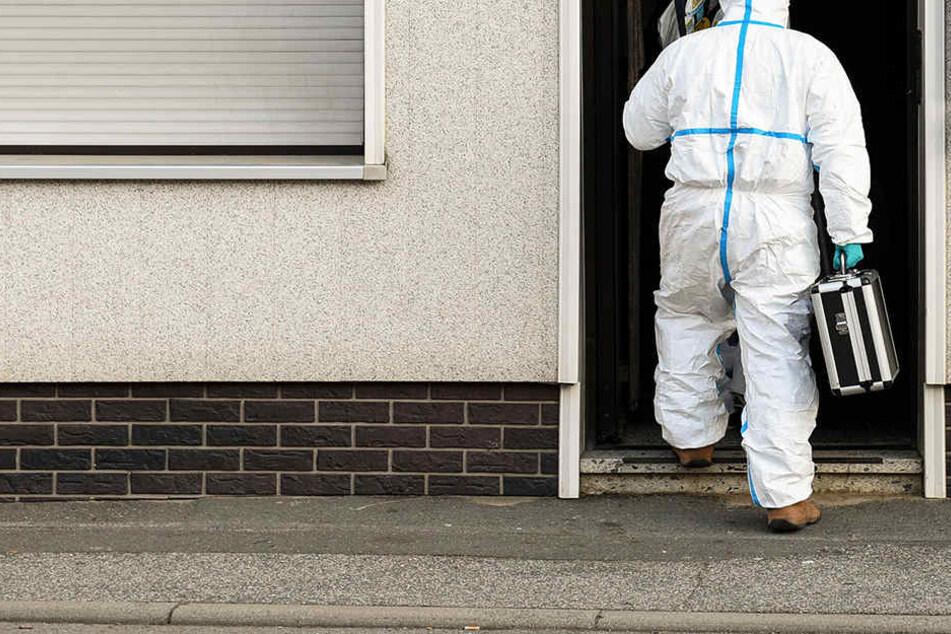 Familiendrama! Leiche in verschlossenem Wohnhaus gefunden