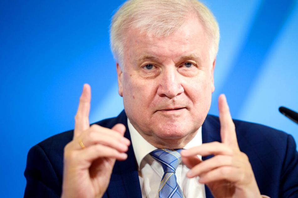 """Seehofer kritisiert beschlossenen Berliner Mietendeckel: """"Verfassungswidrig"""""""