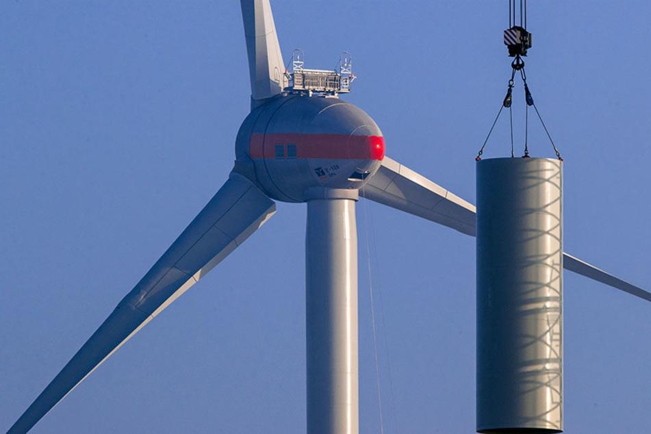 Aufgrund von Kohle- und Atomausstieg ist die Windenergie gefragter denn je. Deshalb wird fleißig gebaut. (Symbolbild)