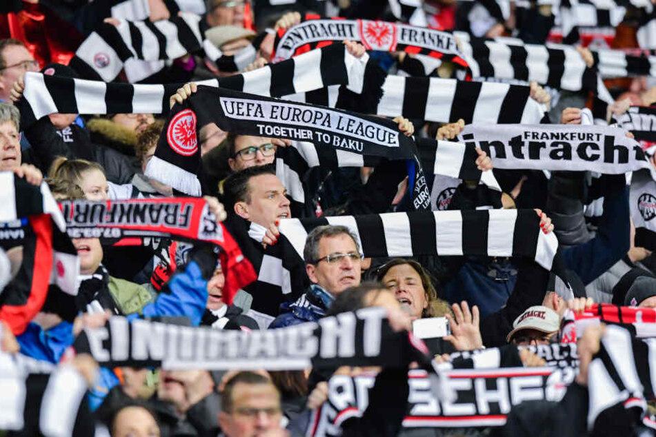 Die Fans der Eintracht sind alles andere als angetan von der Ansetzung der Partie bei Fortuna Düsseldorf.