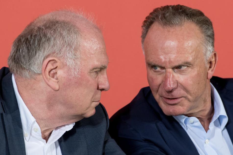 Karl-Heinz Rummenigge (r.) will sich mit Uli Hoeneß (l.) die Nachfolge regeln.