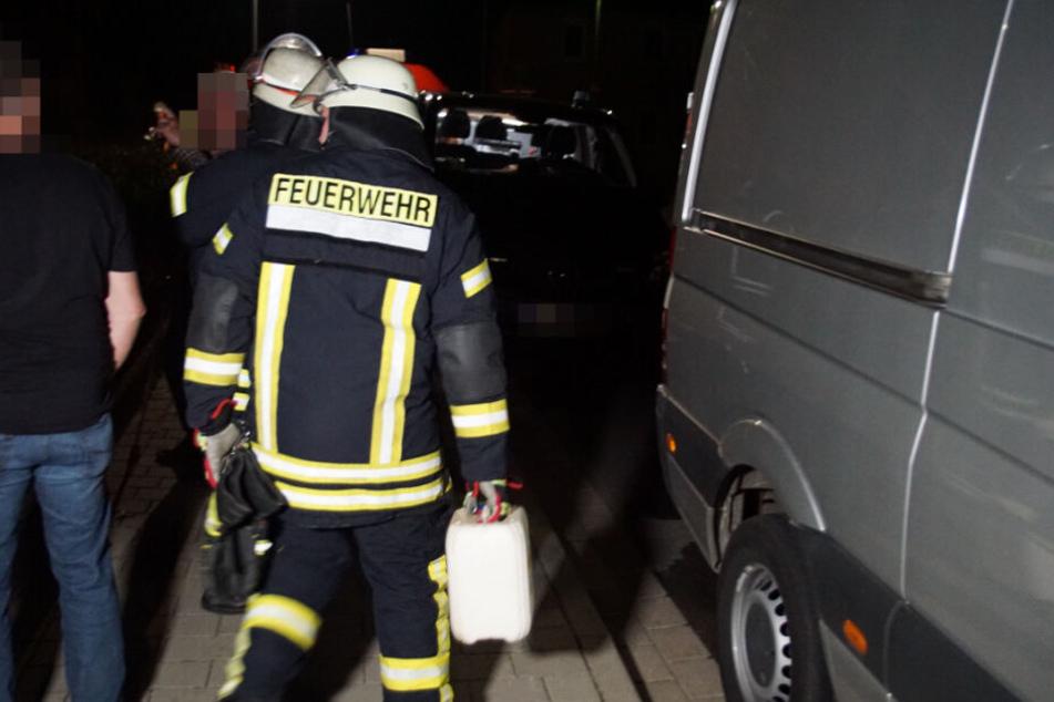 Feuerwehr bei Kellerbrand im Einsatz.
