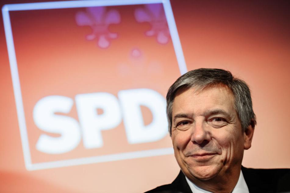 Gert-Uwe Mende trat für die SPD bei der OB-Wahl in Wiesbaden an. Zwar sicherte er sich die meisten Stimmen, lag aber weit unter der erforderlichen absoluten Mehrheit.