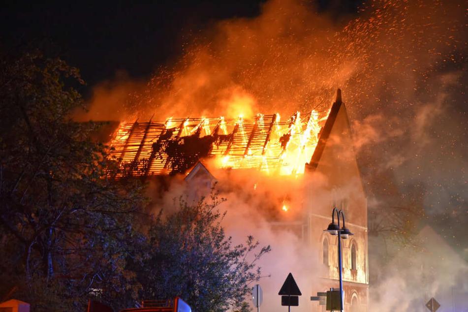 Die erste Etage und der Dachstuhl wurden bei dem Brand zerstört.