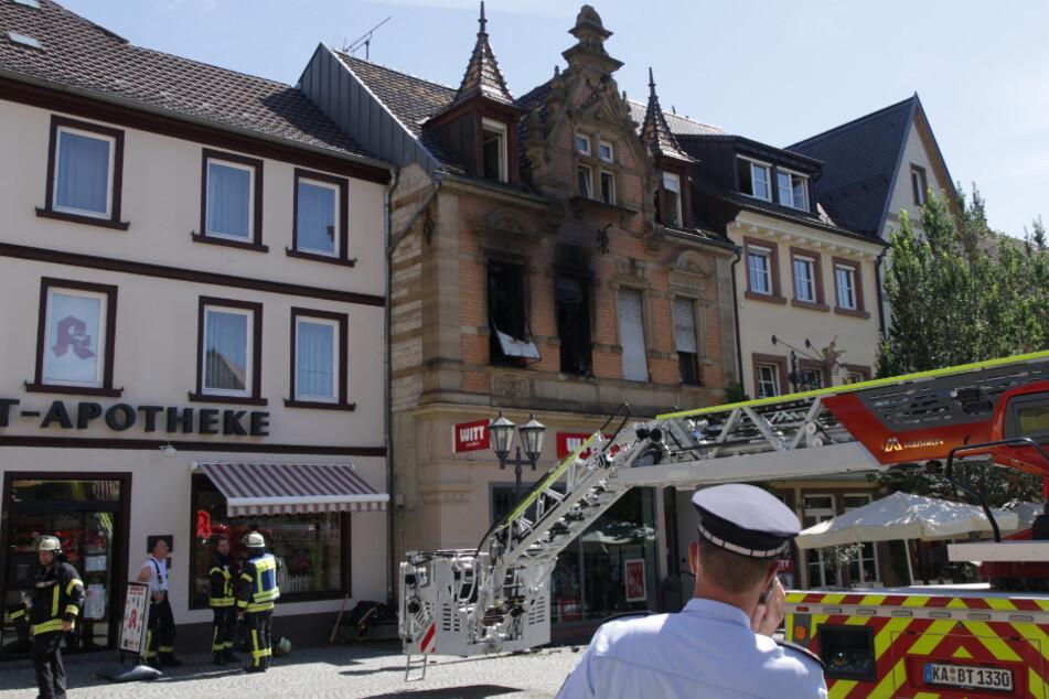 Feuerwehr-Großeinsatz wegen Brand auf Marktplatz