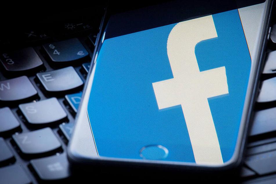 Facebook hat gut zu tun: Immer mehr gefälschte Accounts werden gelöscht.