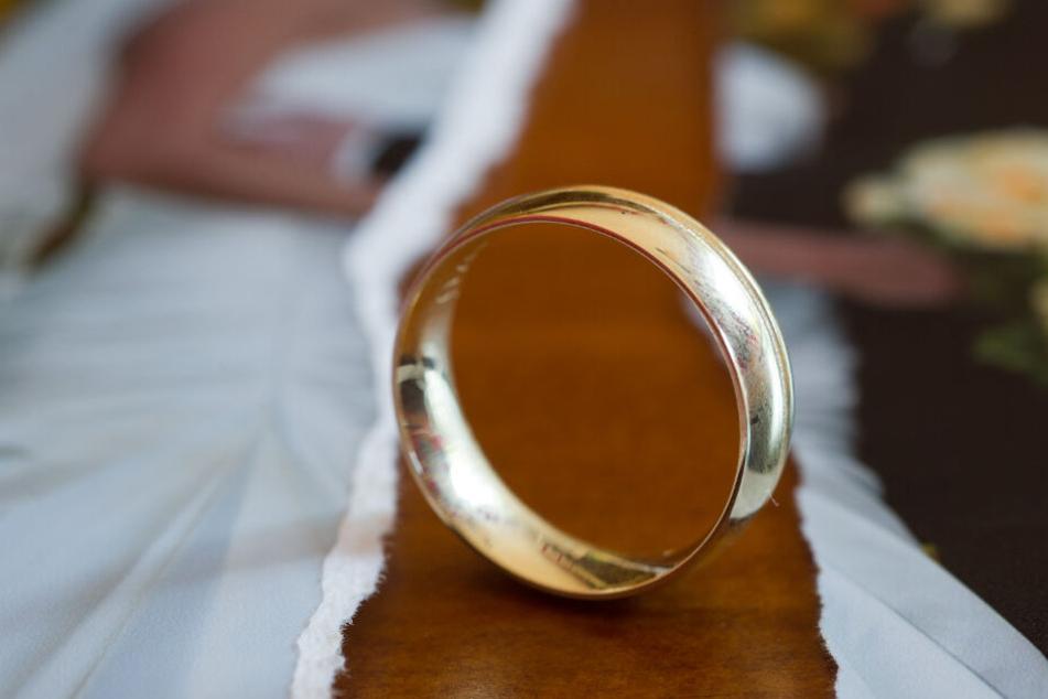 In Baden werden mehr Ehen als in Württemberg geschieden. (Symbolbild)