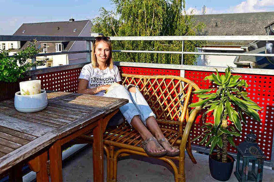 Studentin Yvonne Schmidt (21) aus Bayreuth freut sich über die günstigen Mieten in Chemnitz.
