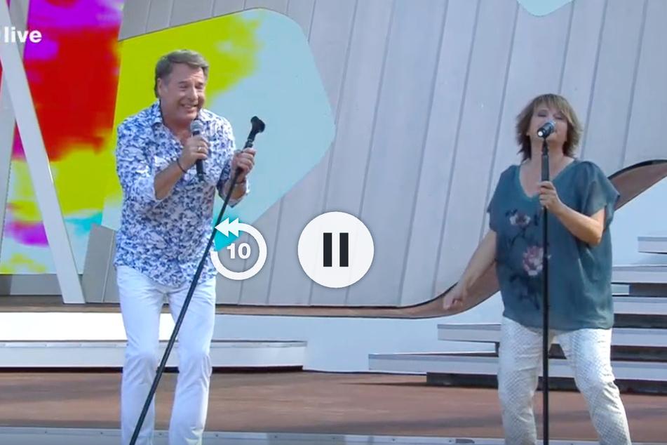 Die Senior-Sänger Patrick Lindner (60) und Nicki (54) waren beim ZDF-Fernsehgarten zu Gast.